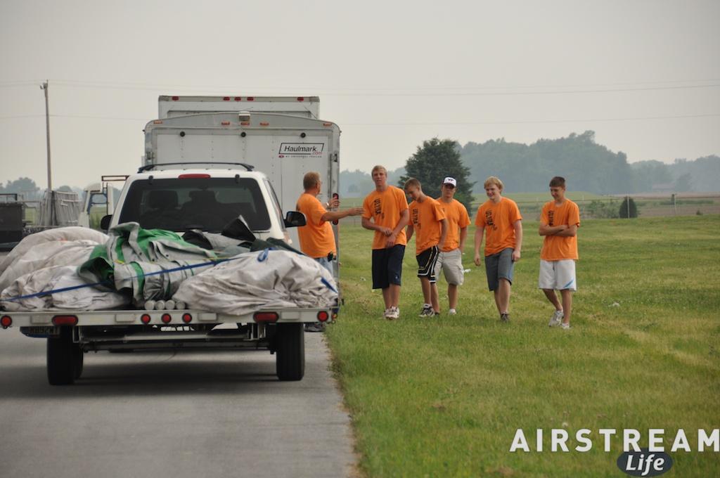 alumapalooza-tent-crew.jpg